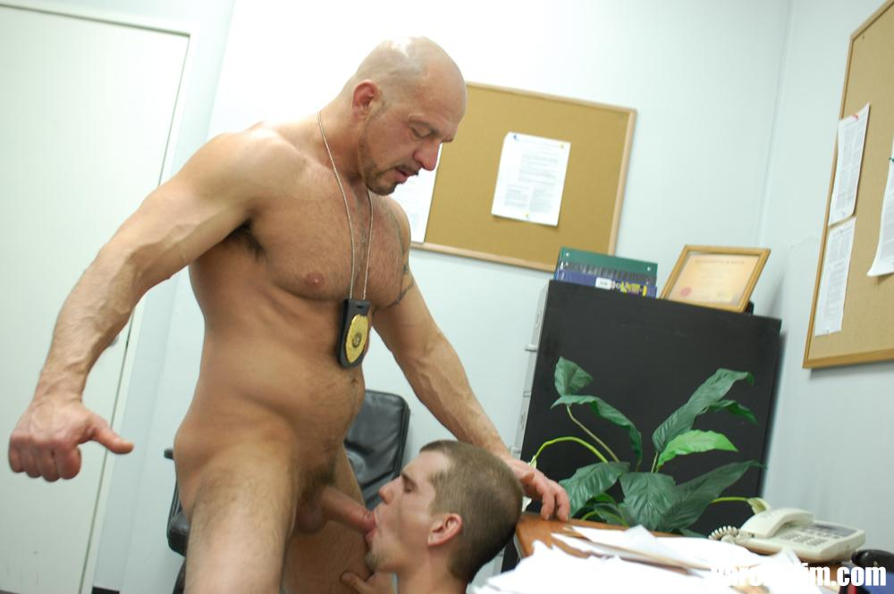 Parole-Him-Officer-Thompson-fucks-Anthony-Mose-bareback-uncut-amateur-cock-04 A Hot Muscle Daddy Parole Officer Barebacks the Probationer