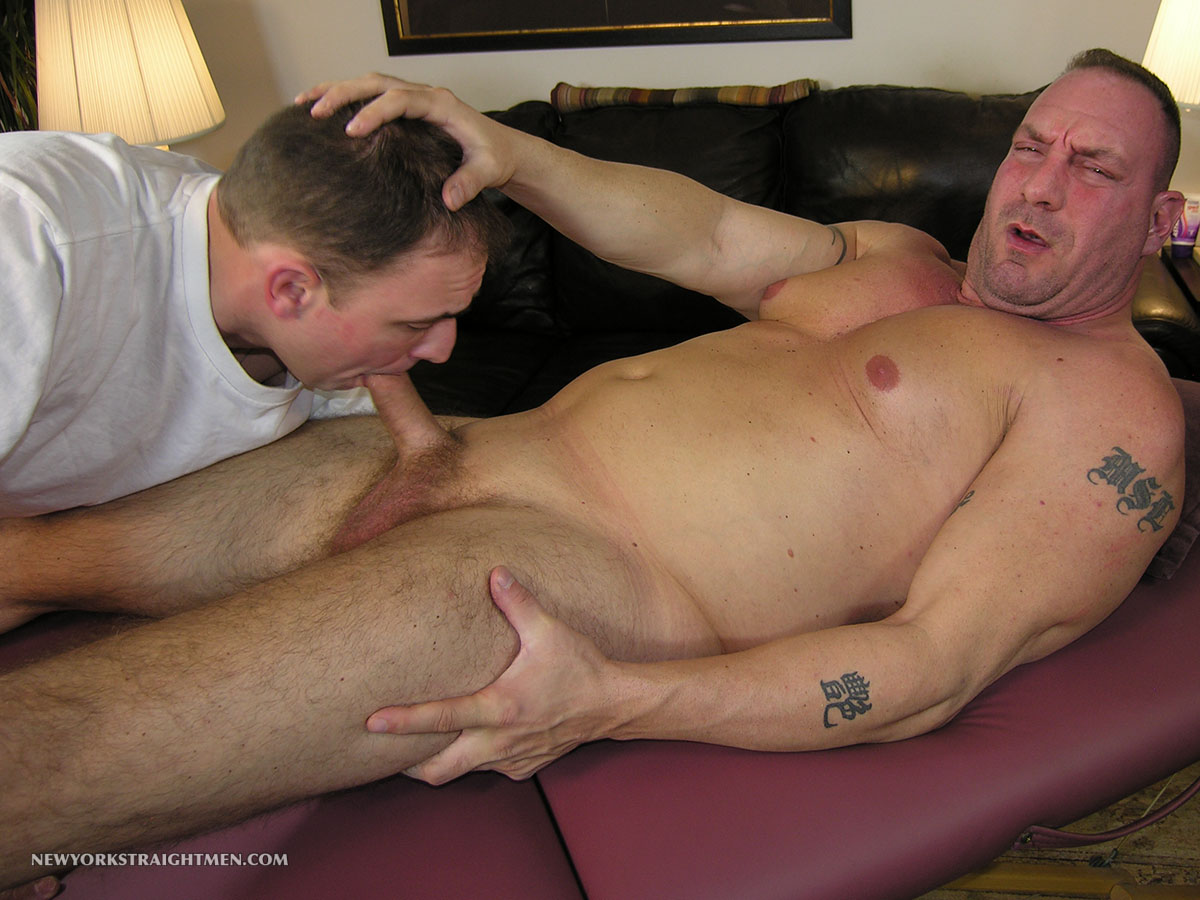 Muscled Black Amateur Blown By Gay Dude