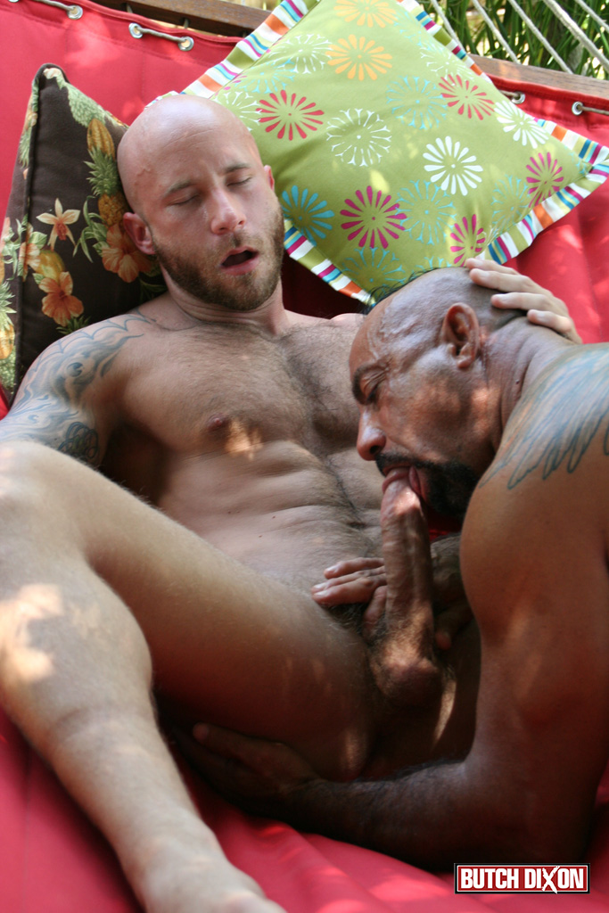 Butch-Dixon-Bo-Bangor-and-Drake-Jaden-Barebacking-Daddy-Muscle-Tatted-Stud-Amateur-Gay-Porn-13 Tatted Muscle Daddy Fucks His Younger New Neighbor Outside