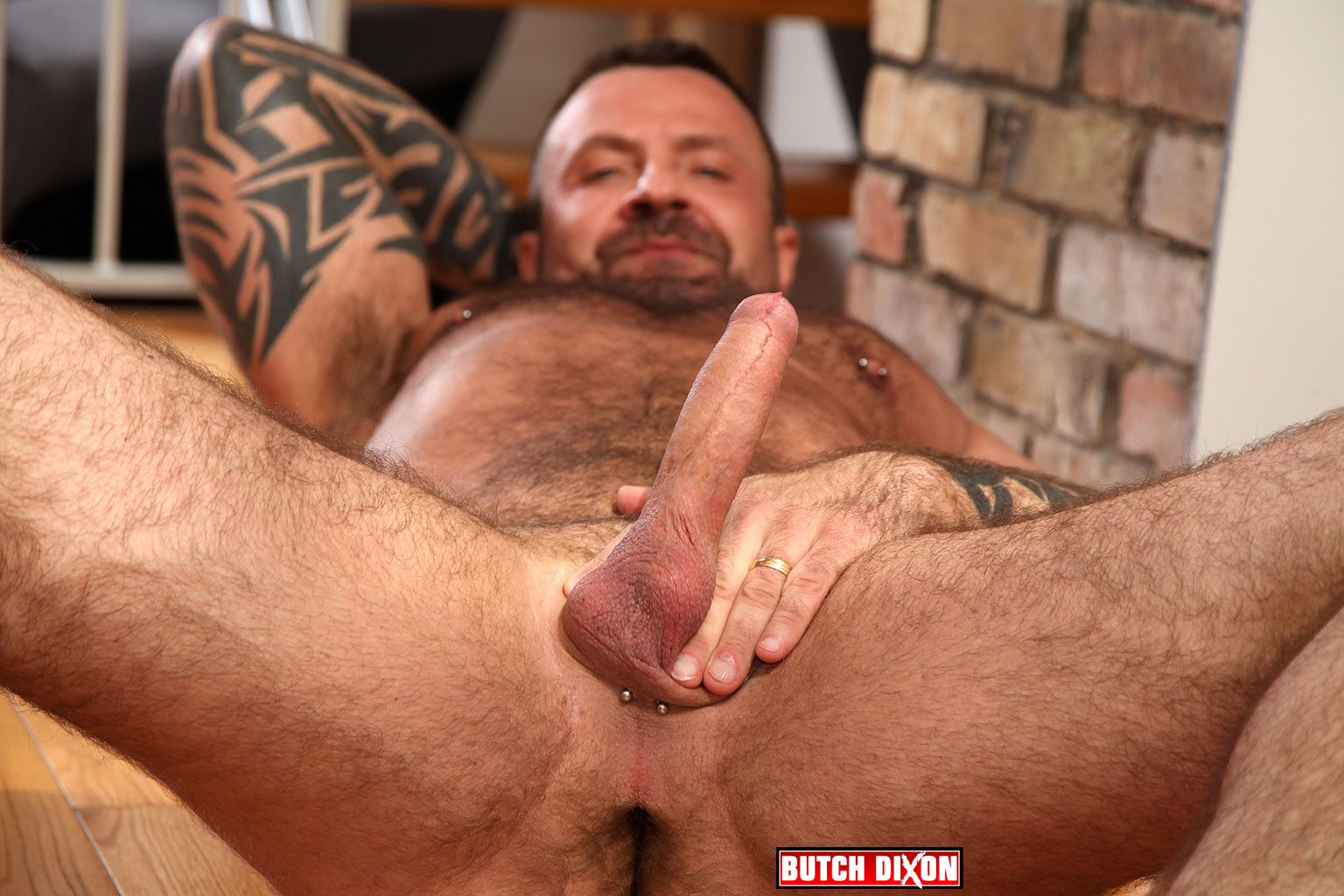 Butch-Dixon-Marc-Angelo-Muscle-Bear-Masturbating-Big-Uncut-Cock-Amateur-Gay-Porn-04 Hairy Canadian Muscle Daddy Bear Strokes His Big Uncut Cock