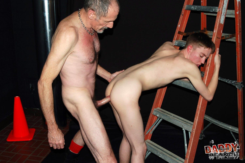 Gay Raunch Porn