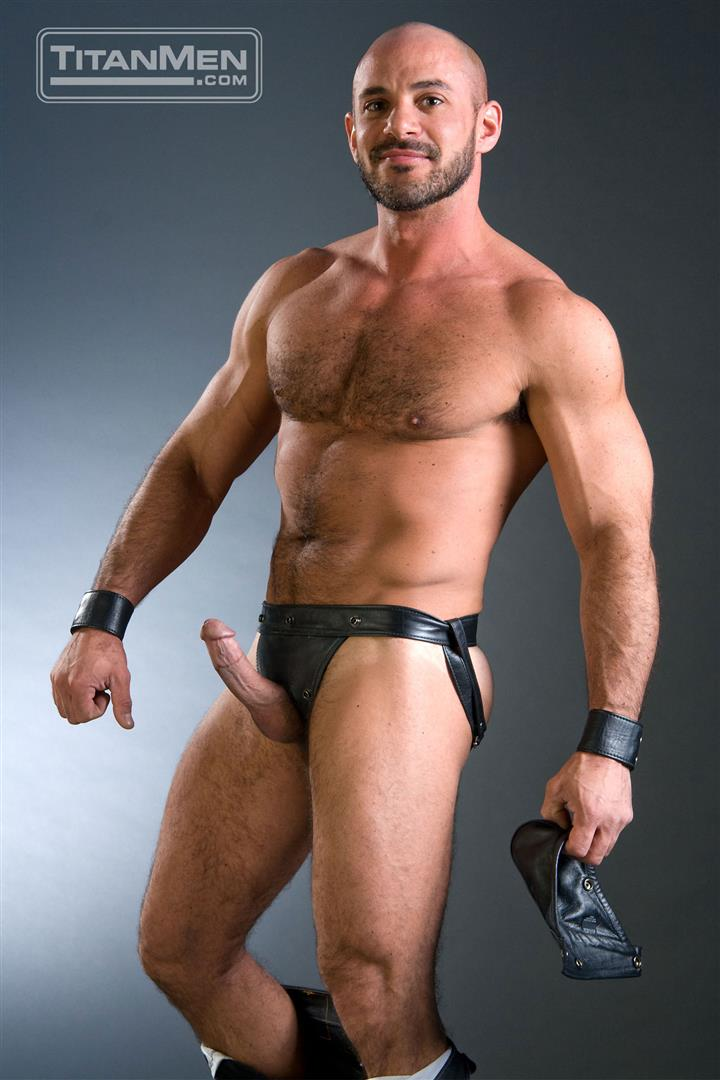 TitanMen-Dean-Flynn-Alex-Baresi-Eduardo-Dean-Coulter-Mike-Roberts-Tober-Brandt-Arpad-Miklos-Hairy-Muscle-Bears-With-Big-Cocks-Amateur-Gay-Porn-01 Muscle Bears:  The Hottest Muscle Bears Ever of Titan Men