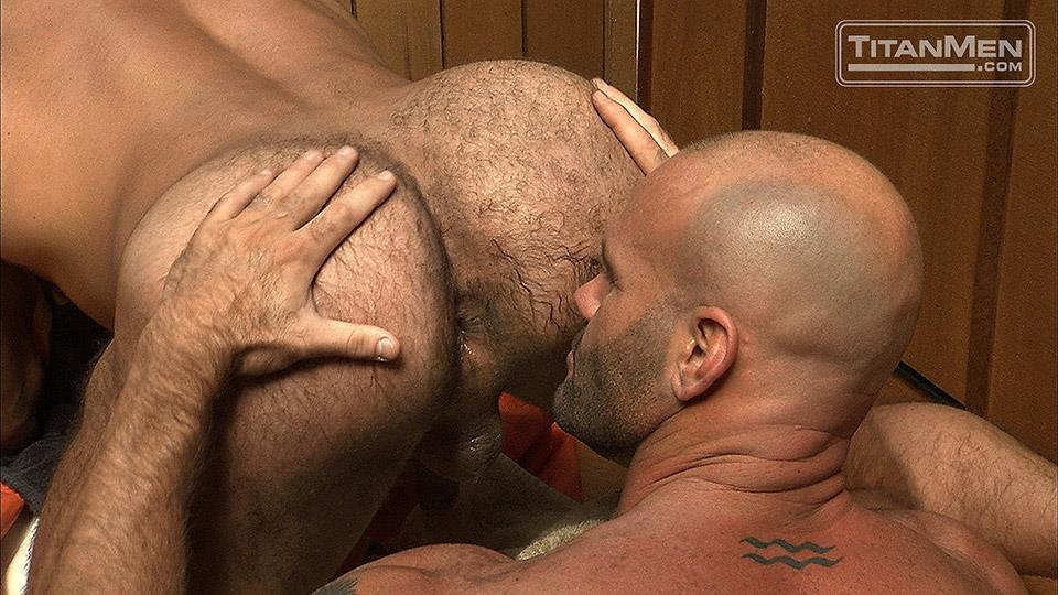 TitanMen Dean Flynn Alex Baresi Eduardo Dean Coulter Mike Roberts Tober Brandt Arpad Miklos Hairy Muscle Bears With Big Cocks Amateur Gay Porn 39 Muscle Bears:  The Hottest Muscle Bears Ever of Titan Men