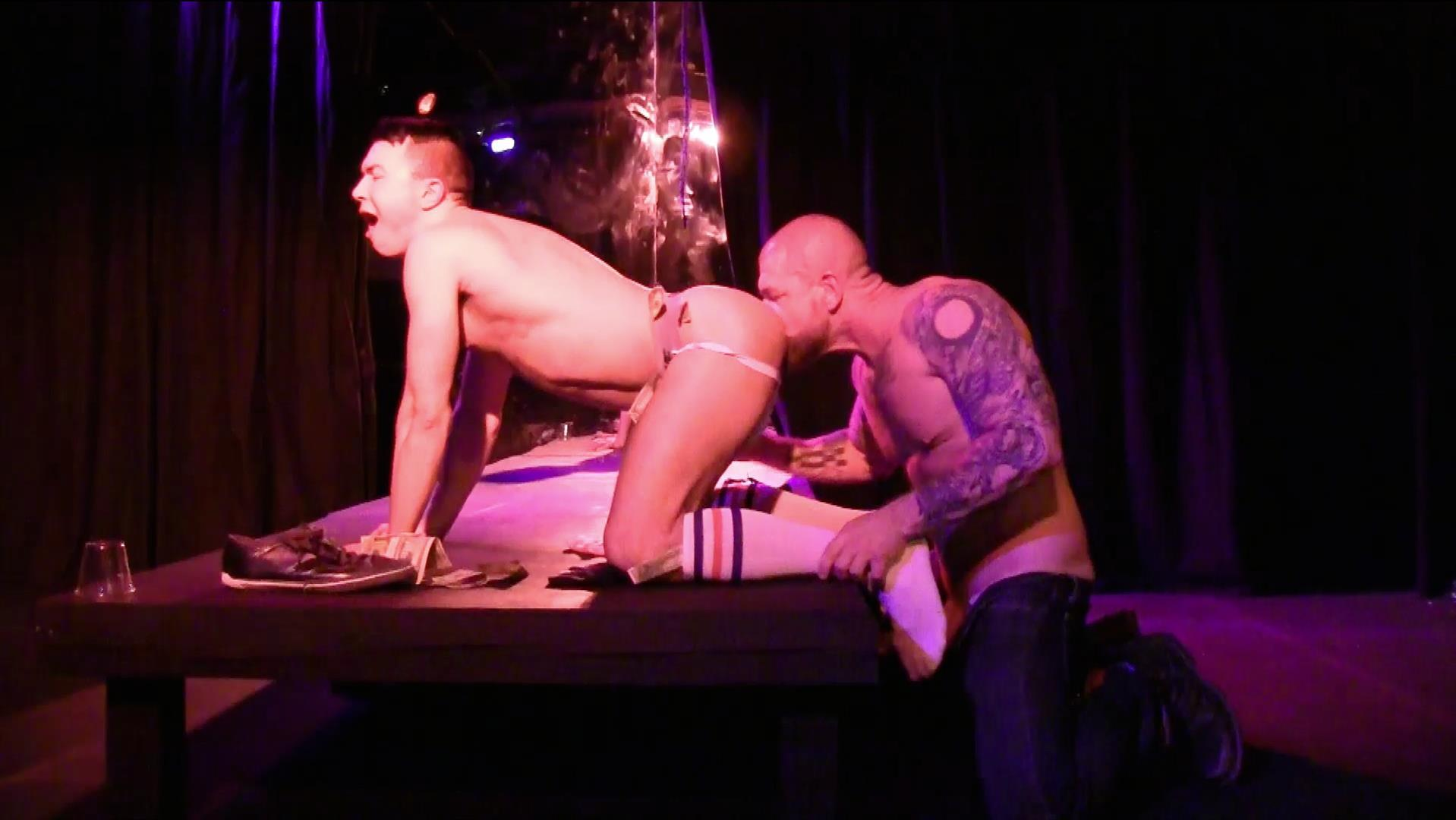 amateur male stripper gets barebacked on the stage – stiff daddy