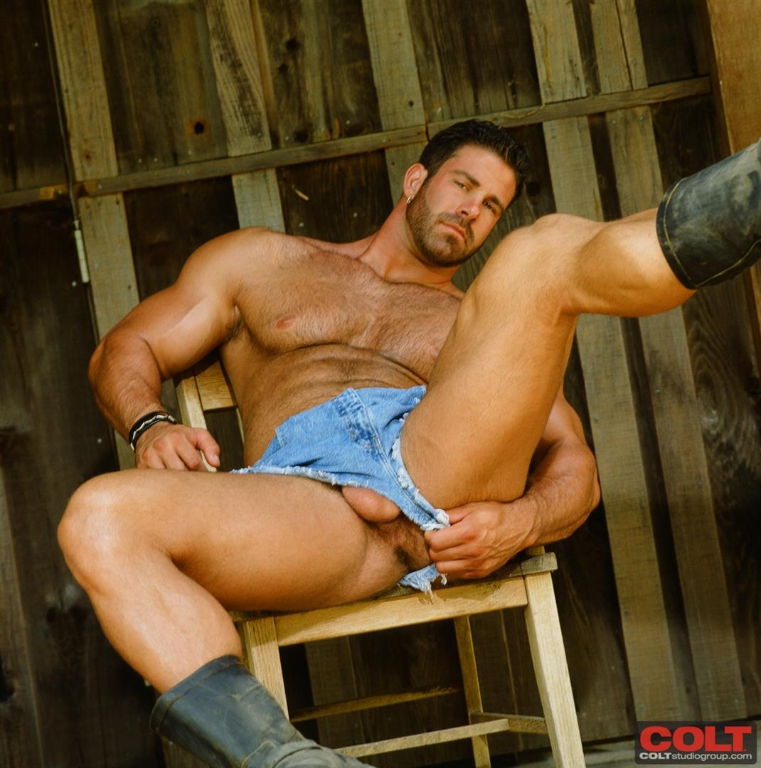 Colt Studio Group Pete Kuzak Hairy Muscle Hunk With Hairy Cock Amateur Gay Porn 01 Hairy Muscle Hunk Colt Icon Pete Kuzak Showing It All