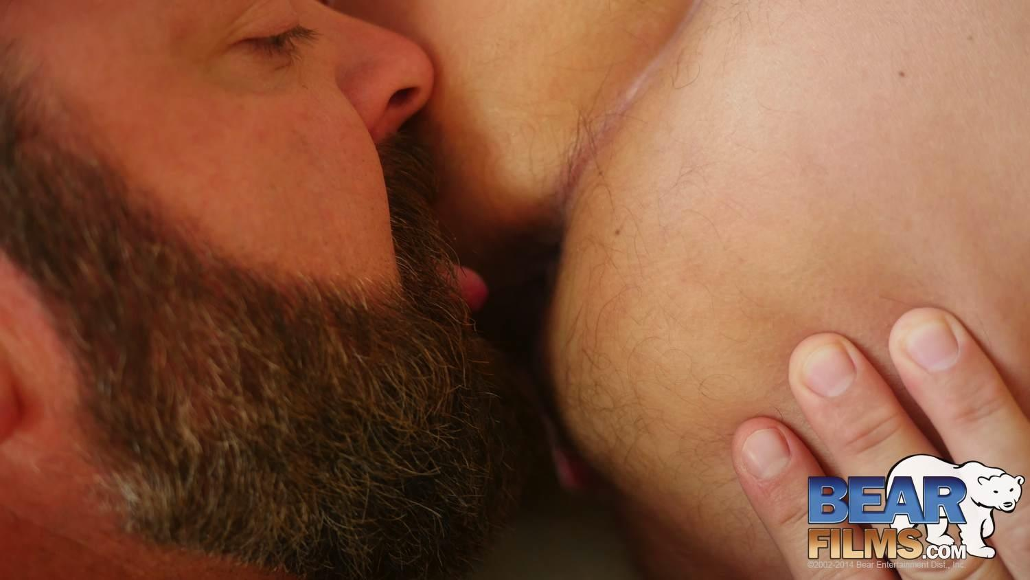 Bear-Films-Kroy-Bama-and-Cooper-Hill-Hairy-Chubby-Bears-Fucking-Bearback-Amateur-Gay-Porn-22 Hairy Chubby Bears Kroy Bama and Cooper Hill Raw Fucking