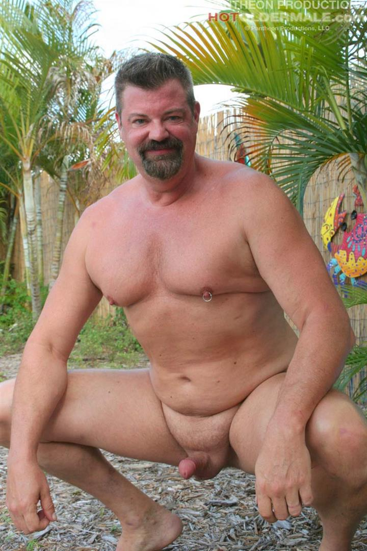 Hot Older Male Mitch Davis Beefy Chubby Smooth Daddy Jerking His Thick Cock Amateur Gay Porn 04 Beefy Smooth Daddy With A Thick Cock Jerking Off