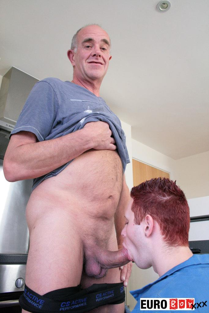 Euroboy-XXX-Aiden-and-Ben-Big-Uncut-Cock-Granddad-Fucking-Twink-Amateur-Gay-Porn-03 Granddad Bareback Fucks A 19 Year Old Twink With His Big Uncut Cock