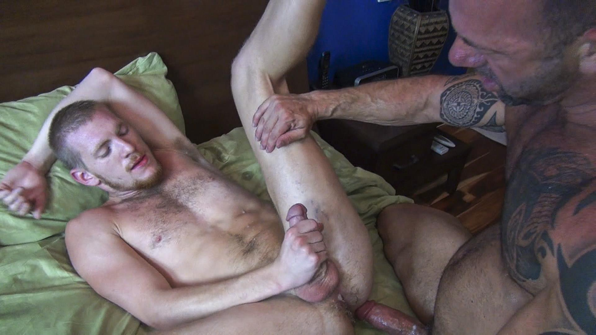 Horny daddy even hairy 6