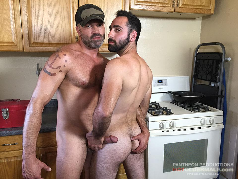 Hot-Older-Male-Dave-Rex-and-Anthony-Naxos-Thick-Daddy-Cock-Amateur-Gay-Porn-02 Getting Fucked By A Daddy With A Big Thick Hairy Cock