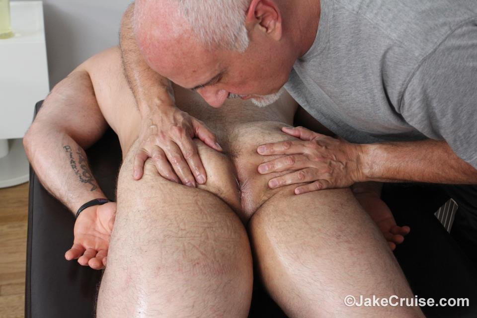Jaxton-Wheeler-Jake-Cruise-Hairy-Muscle-Hunk-With-A-Big-Cock-Free-Gay-Porn-09 Hairy Hunk Jaxton Wheeler Gets Serviced By An Older Man