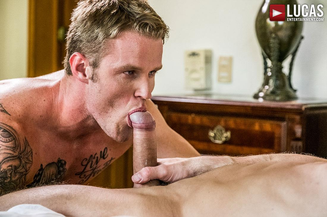 Lucas Entertainment Shawn Reeve and Tomas Brand Bareback Daddy Sex 05 Bareback Riding A Thick Uncut Daddy Dick